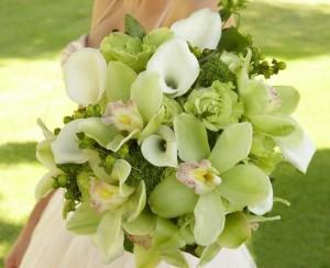 Свадебный букет миниатюрный из орхидей киев цена 7